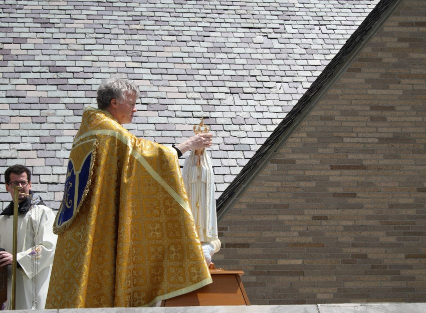MAY CROWNING ROOFTOP ADORATION