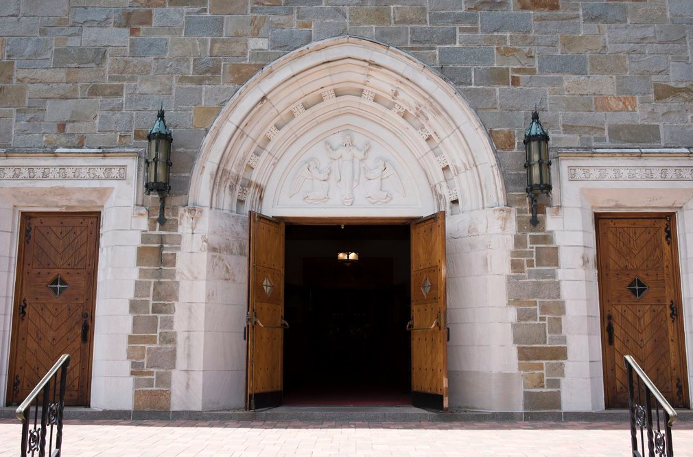 VESTIBULE ENTRANCE TO ST THERESA CHURCH TRUMBULL CT