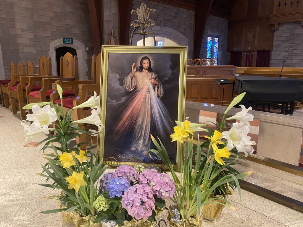 DIVINE MERCY SUNDAY ST. THERESA CHURCH TRUMBULL CT